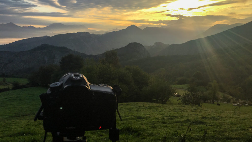 Capturando amanecer magico en Picos de Europa